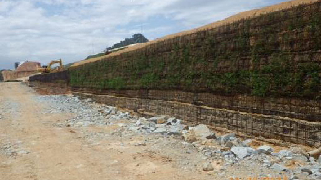 Geogrid Wall High strength geotextile HDPE pipe