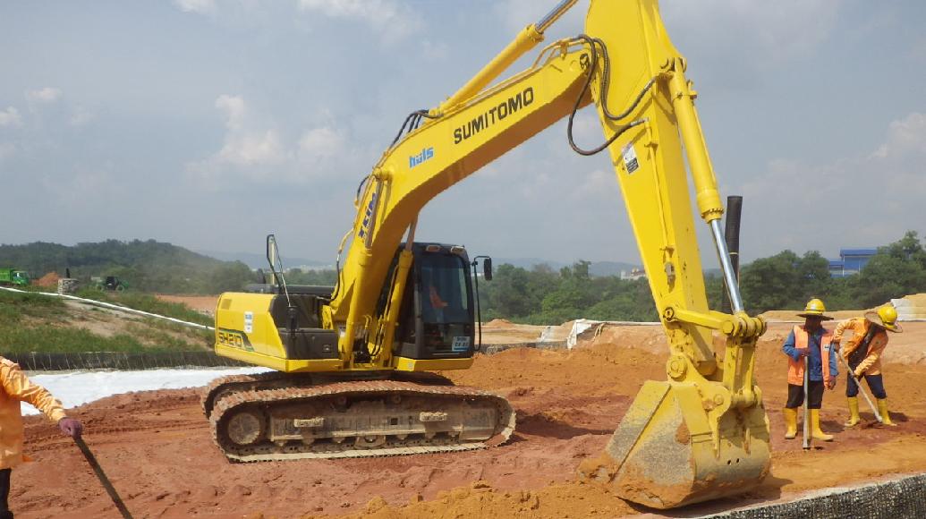 Huls Machinery Excavator