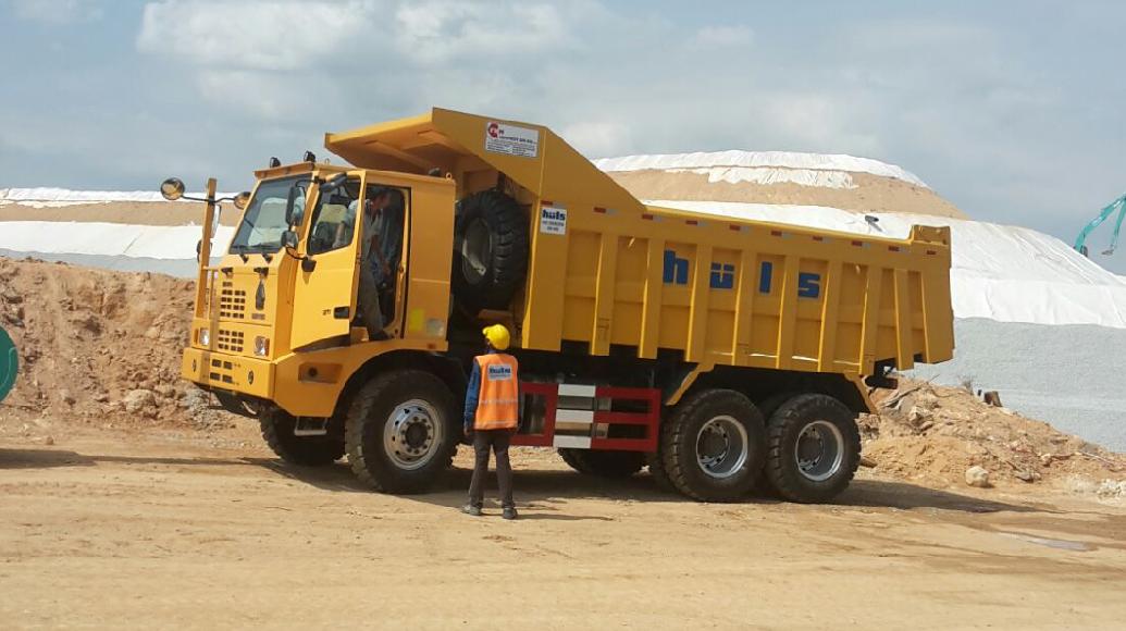 Huls Machinery Rigid Truck